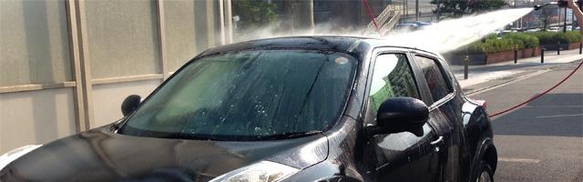 洗車中写真
